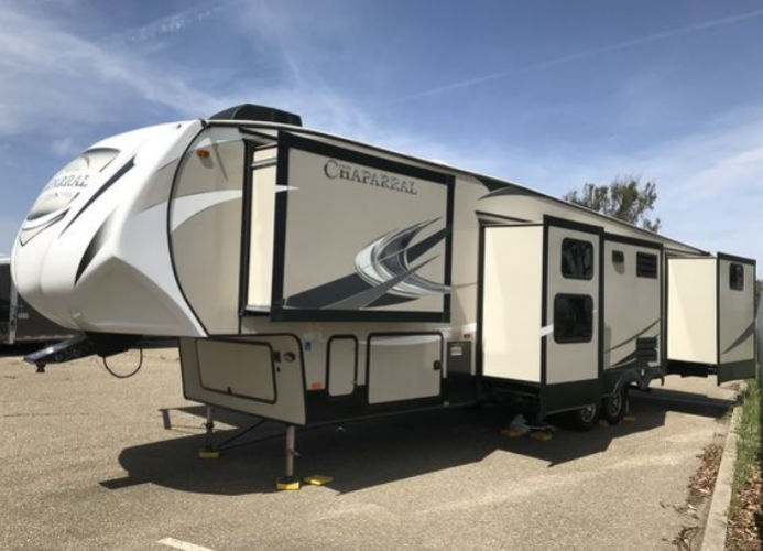 2017 Forest River Chaparral FIFTH WHEEL